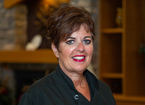 24661_Southview_Senior_Chef_Nancy_Dittmer.png