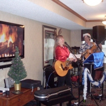 Southview Senior Living-Christmas in July (5)