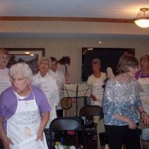 Woodbury Lutheran Church Band-Shouthview Senior Living -the women enjoying the spotlight